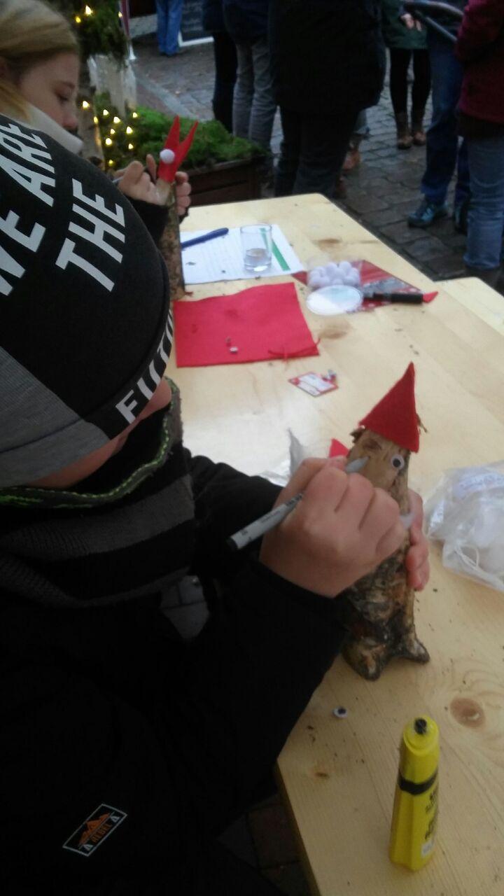 """Weihnachtsstimmung beim 3. """"Advent im Hof""""   KiJuPa Wismar"""